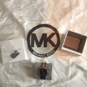 *Like New* Michael Kors Charcoal/Rose Gold Watch